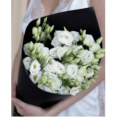 "Bouquet of 9 eustomas ""History 2"""