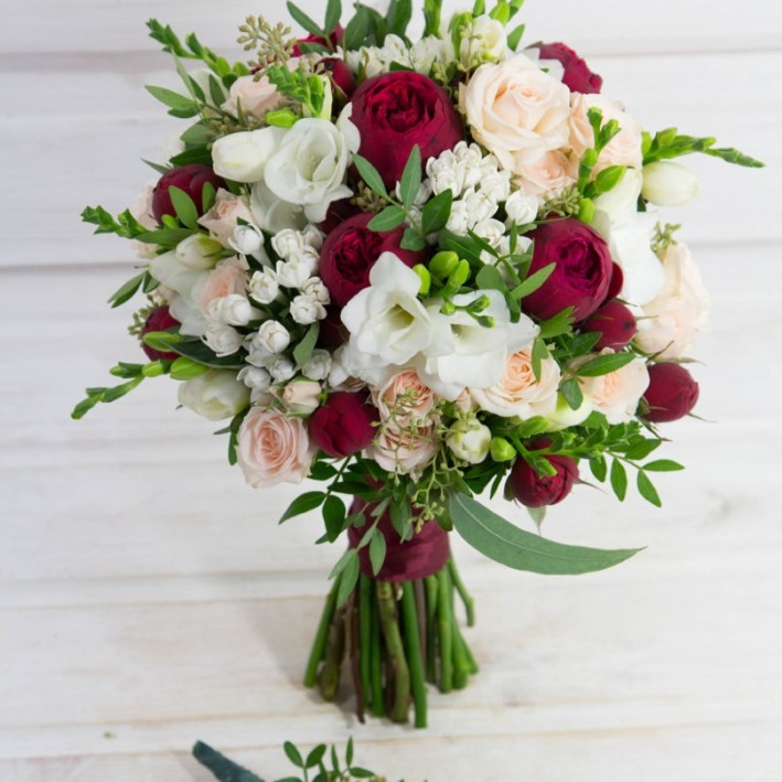 "Wedding bouquet ""Bavardia"""