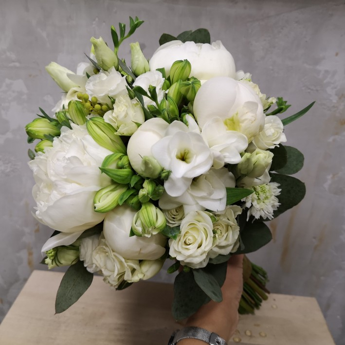 "Wedding bouquet ""Snow-white"""