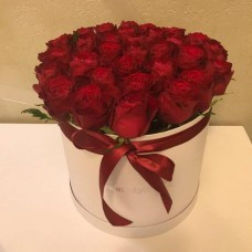 31 red roses in a box